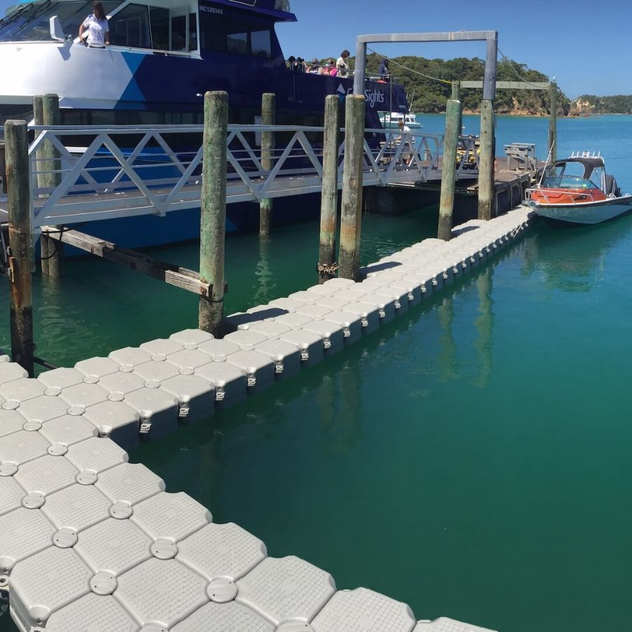 FloatBricks floating walkways in New Zealand Marina