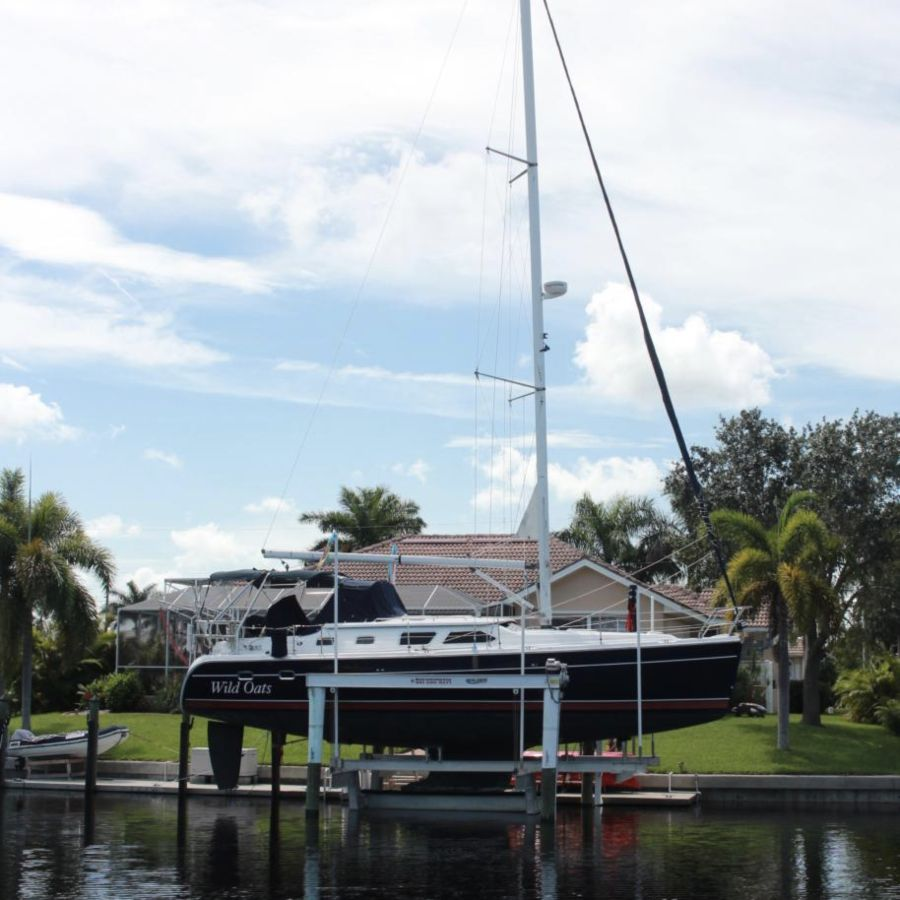 Four Post Boat Lift For Sail Boats