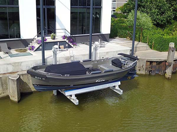 golden sea drive 17k elevator boat lift install in holland